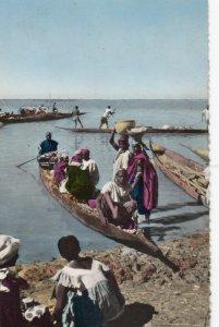 Belgiam Congo , 1940s ; Pirogue sur le Fleuve