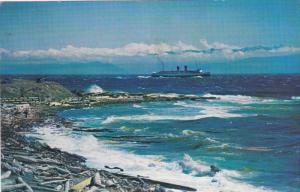 C.P.R. Steamer arriving in rough sea , VICTORIA , B.C. , Canada , PU-1964