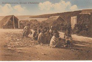 ANDRAHOMANA , MADAGASCAR , 00-10s ; Groupe d'Antatsimo
