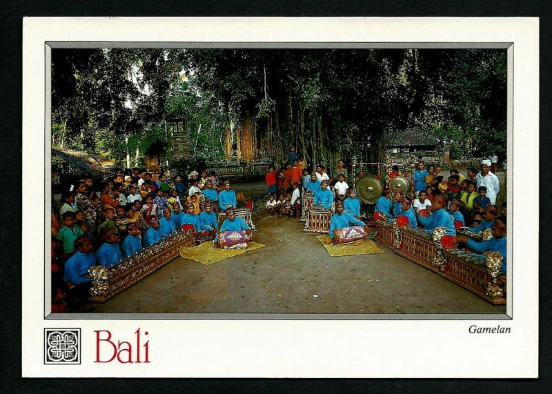 INDONESIA LARGE POSTCARD-TRADITIONAL GAMELAN ORCHESTRA-BALI