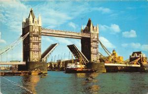 B31222 Tower Bridge London    uk