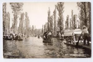 RPPC Xochimilco Canal Gondolas Mexico DeSentis D. F. ca 1941