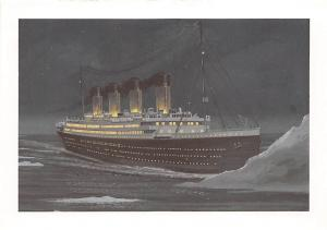 Titanic Strikes and Iceberg night of April 14, 1912 1998 Dover Publications I...