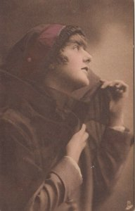 TUCK #1206, 1900-10s; Auto Girl, Portrait of Young Lady
