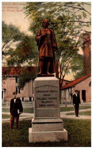 Connecticut  New Haven , Pierson's Monument , Yale University