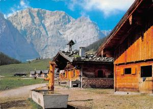 In der Eng Karwendel Haus Houses Fountain Brunnen Berg Mountains
