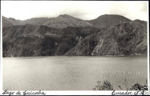 ecuador, Lago de Cuicocha, Crater Lake (1940s) RPPC