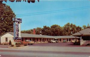 Berea Kentucky~Moores Motel on Route 25~NICE Classic 50-60s Cars Parked~Postcard
