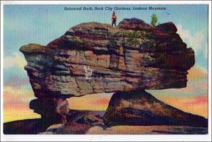 TN - Lookout Mountain. Balanced Rock, Rock City Gardens