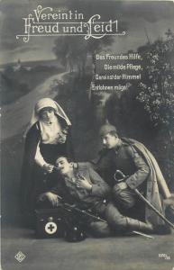 WW1 war field friend's help the mild care red cross nurse wounded soldier sorrow