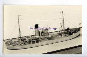 na6132 - Royal Navy Trawler - HMS Sapphire - postcard of model