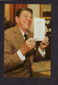 President Ronald Reagan Doodling White House Washington DC Postcard