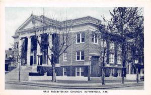 C68/ Blytheville Arkansas AR Postcard c40s First Presbyterian Church Building