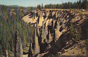 The Pinnacles Crater Lake National Park Oregon