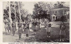 TAMASSEE , South Carolina , 1930s ; Girls , D.A.R. School