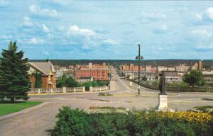 Central Avenue, Cenotaph Memorial, PRINCE ALBERT, Saskatchewan, Canada, 40-60´s