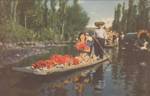 Trajinera, Xochimilco, D. F., Mexico, 1900-1910s