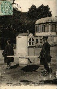CPA LE MONT-DORE - Une Chaise a Porteurs (374428)