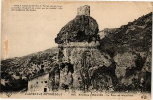 CPA L'Auvergne Pittoresque Env. ISSOIRE - La Tour de Maurifolet (220658)