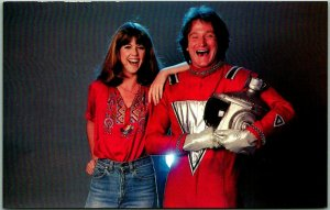 Vintage MORK & MINDY TV Show Postcard ROBIN WILLIAMS Pam Dawber c1980 Unused
