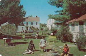 EAST DURHAM , New York , 50-60s ; Mountain Spring Hotel