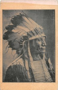 G21/ Native American Indian Postcard c1910 Native Chief Headdress 20