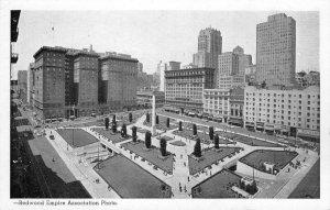 UNION SQUARE San Francisco, CA Center Monument c1930s Vintage Postcard