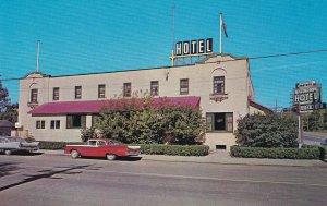 OKOTOKS , Alberta, Canada, 50-60s ; Willingdon Hotel