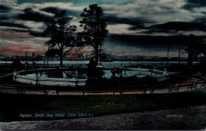New York Staten Island Sailor's Snug Harbor The Fountain