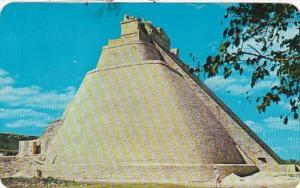 Mexico Yucatan Uxmal Temple Of The Magician 1981