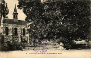 CPA   Port-Royal - Le Noyer de Pascal et le Musée   (353168)