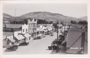 RP; OLIVER , British Columbia, Canada, 1950 ; Main Street
