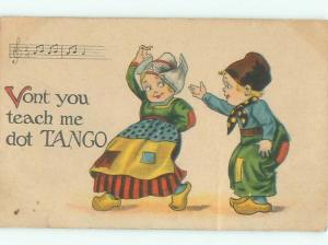 Pre-Linen GIRL AND BOY DANCING TANGO AC1221