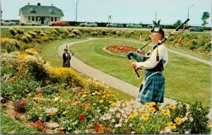 Pipers in Sunken Gardens near Amherst Nova Scotia NS Unused Vintage Postcard D78
