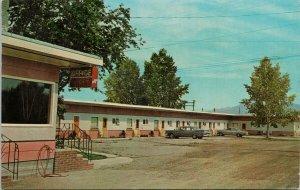 Cranbrook BC Koot Nee Motel Vintage Postcard G20