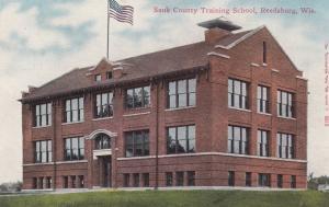 REEDSBURG , Wisconsin, 00-10s; Sauk County Training School