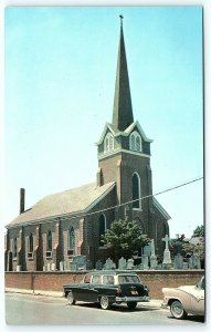 Postcard DE Lewes Old St. Peter's Episcopal Church 1950's Old Cars #2 D10