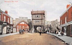 YORK YORKSHIRE ENGLAND~WALMGATE BAR POSTCARD