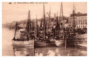 Boulogne sur Mer     Un coin de Port
