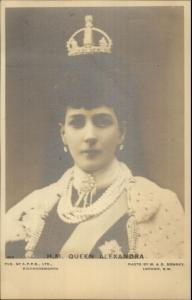 England HM Queen Alexandra Wearing Crown c1905 Real Photo Postcard dcn