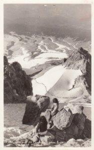 RP: Mountain Climbers on Top of MT HOOD , USA , 30-40s