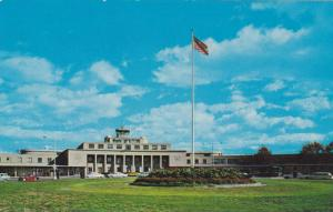 Washington National Airport located on Gravelly Point on the Mount Vernon Hwy...
