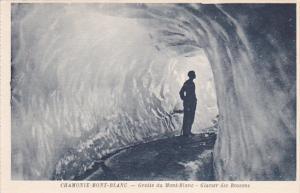 Grotte Du Mont-Blanc, Glacier Des Bossons, CHAMONIX-MONT-BLANC (Haute Savoie)...