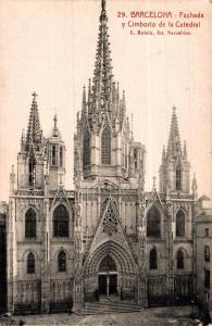 Spain Barcelona Fachada Cimborrio de la Catedral 02.13