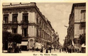 CPA AK BARI Via Vittorio Veneto . ITALY (531589)