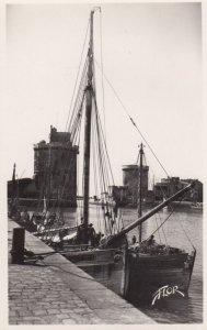 RP: LA ROCHELLE (Charente-Maritime) , France , 1930s ; Le Port (Entree)