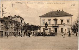 CPA   Feurs (Loire) - Place de l'Hotel-de-Ville et Statue du Colonel ...(510107)
