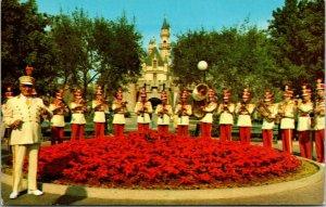 CA, California  DISNEYLAND AMUSEMENT PARK  Band Concert In Town Square  Postcard