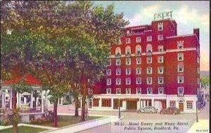 PA Bradford Hotel Emery & Music Stand