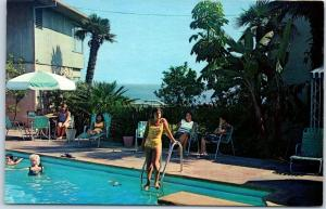 Laguna Beach, California Postcard LAGUNA SHORES Motel / Girl at Pool c1960s